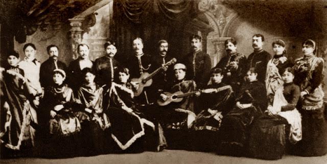 Хор московских цыган в ресторане Стрельна. Дирижёр Фёдор Соколов. 1880-е годы.