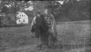Papusza junto a su hijo Tarzán