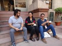En el Museo Nacional de Delhi fueron las conferencias. Comimos y tomamos cafe en el Patio con nuestro Guia Particular, Carlo