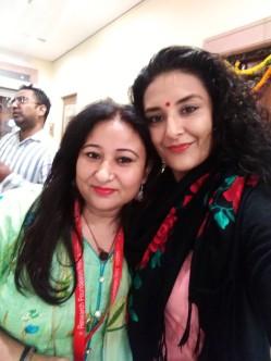 Todas las mujeres Indias y nosotras gitanas, nos pasabamos el dia haciendonos fotos, Roneantas que somos